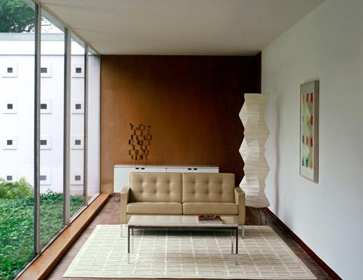 Florence Knoll™ Sofa and Settee   Kno