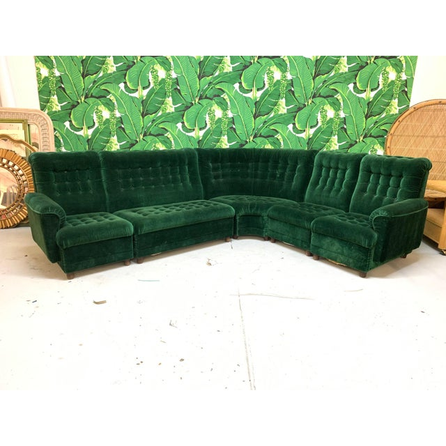 Mid Century Green Velvet Tufted Sectional Sofa | Chairi