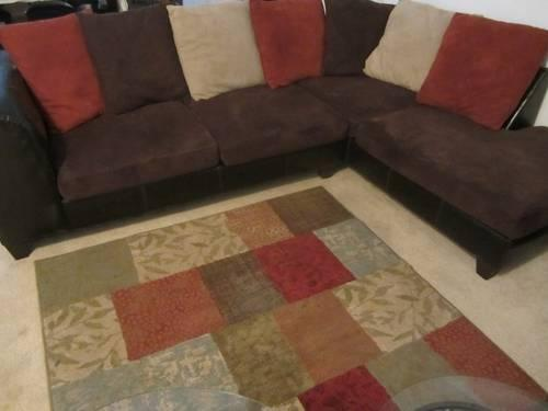 Sectional Sofa w/coffee and end tables for Sale in Greenville .