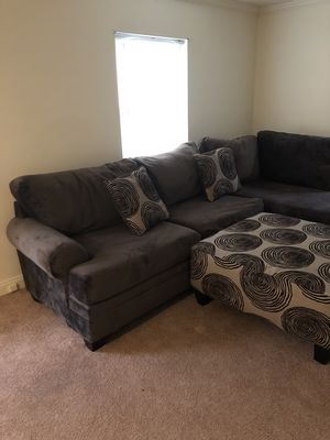 New and Used Sectional couch for Sale in York, PA - Offer