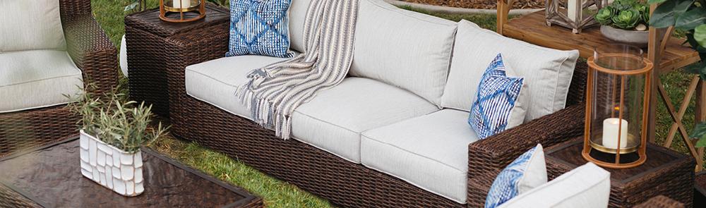 Patio Sofas, Outdoor Sofas & Seating | Mathis Brothe