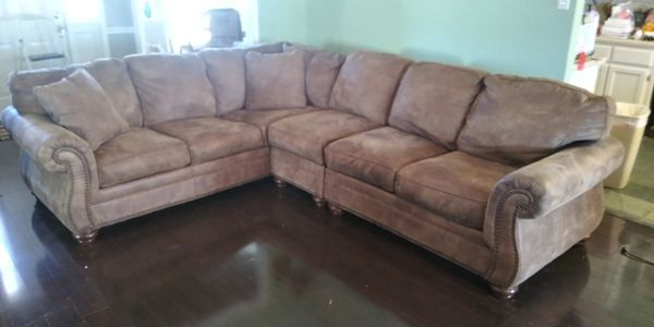 Larkinhurst Sectional sofa from Ashley Furniture for Sale in .