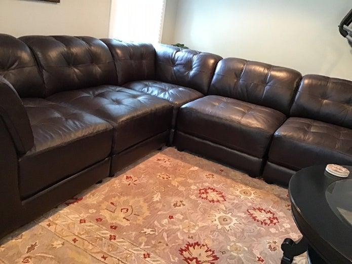 Raymour & Flanigan Clark 5 piece modular/ sectional sofa .