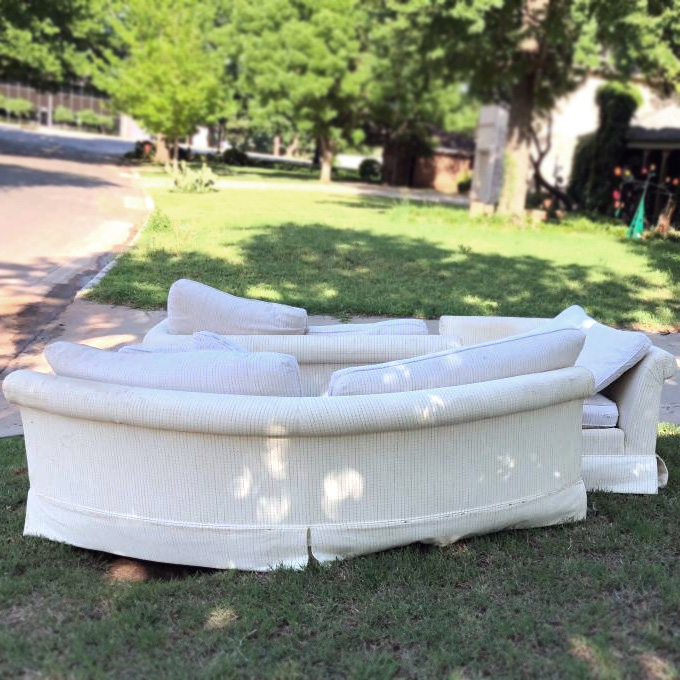 CRAIGSLIST CURB ALERT: Free Sectional Sofa + 15 more curb finds .