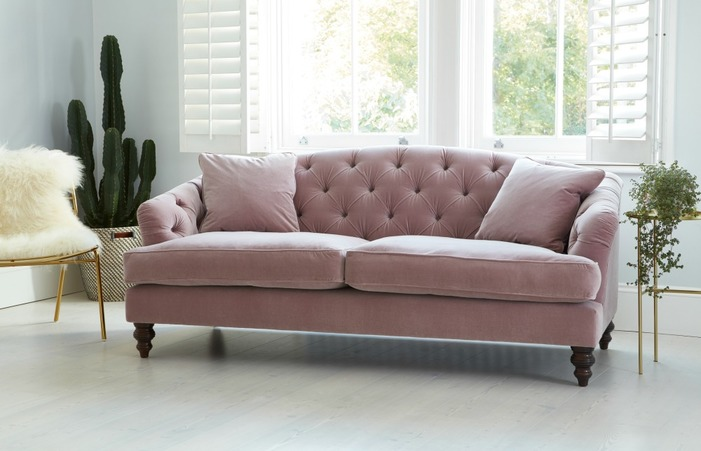 Sofa Trends Day Property Reverse Camel Back Old-fashioned Leather .