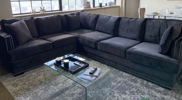 Furniture, Sectional sofa for Sale in Philadelphia, PA - Offer