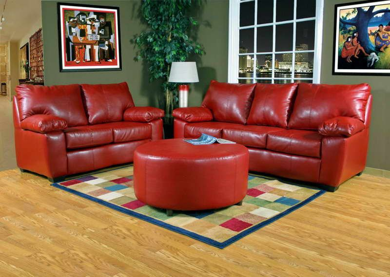 green walls red furniture - Google Search | Red leather sofa, Red .