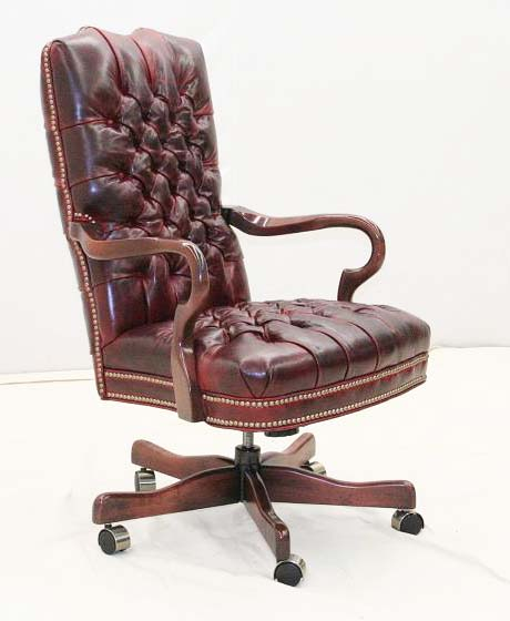 Red Tufted Leather Office Chair: Western Passi