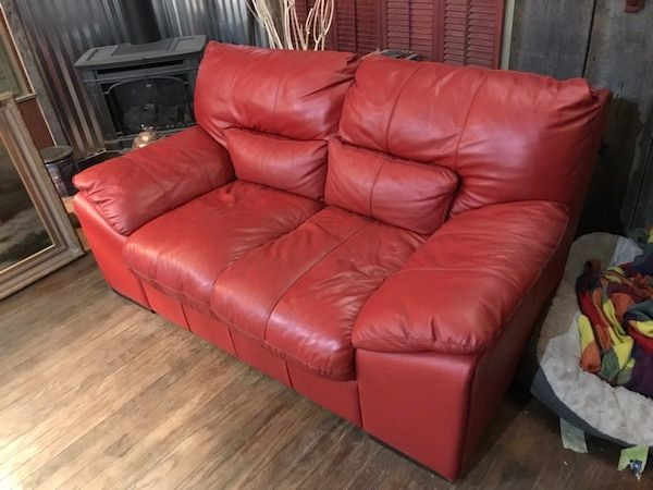 Used Red leather sofa/loveseat for sale in Nashville - letgo | Red .