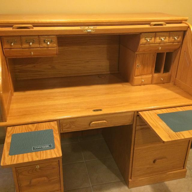 Best Winners Only Oak Roll Top Computer Desk- for sale in Bristol .