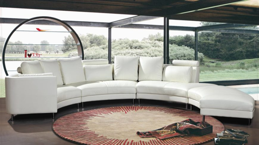 25 Contemporary Curved and Round Sectional Sof
