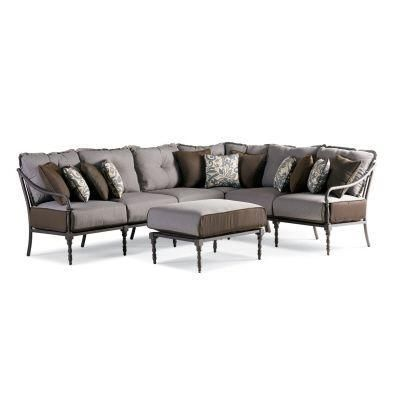 Thomasville Outdoor -- Summer Silhouette 4 Pc. Sectional Set .