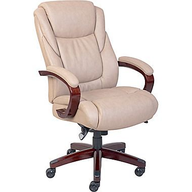 La-Z-Boy Miramar ComfortCore Traditions Executive Office Chair .