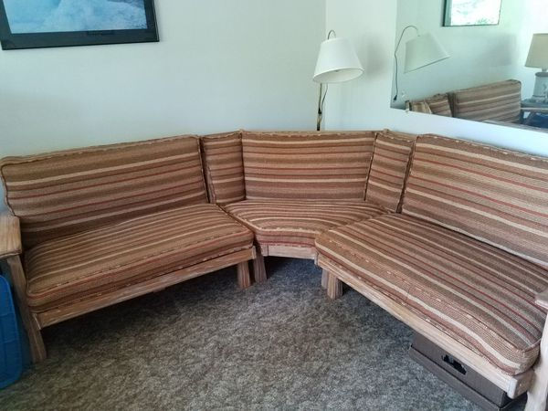 Vintage Brandt Ranch Oak sectional sofa for Sale in North Olmsted .